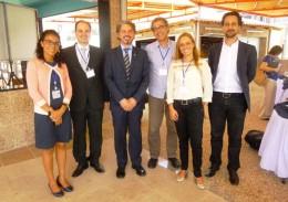 Kelen Lima (2ª da direita) e demais representantes da UFMG em evento. Acervo Cehmob-MG.